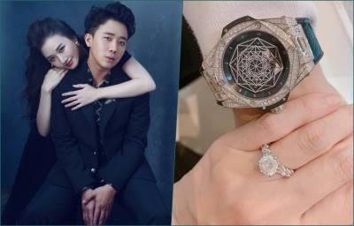 Hari Won 'chơi lớn' tặng Trấn Thành đồng hồ gần 1 tỷ để kỷ niệm cưới