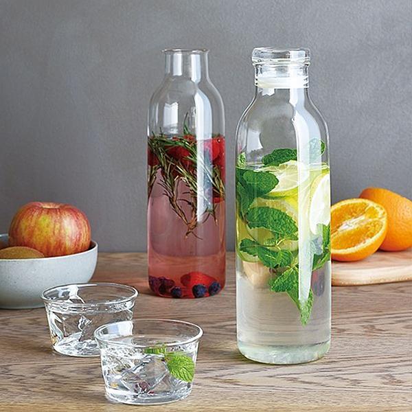 來自日本的設計品牌n典雅流線瓶身,易握便利n極簡透明,瓶內色彩裝點居家空間