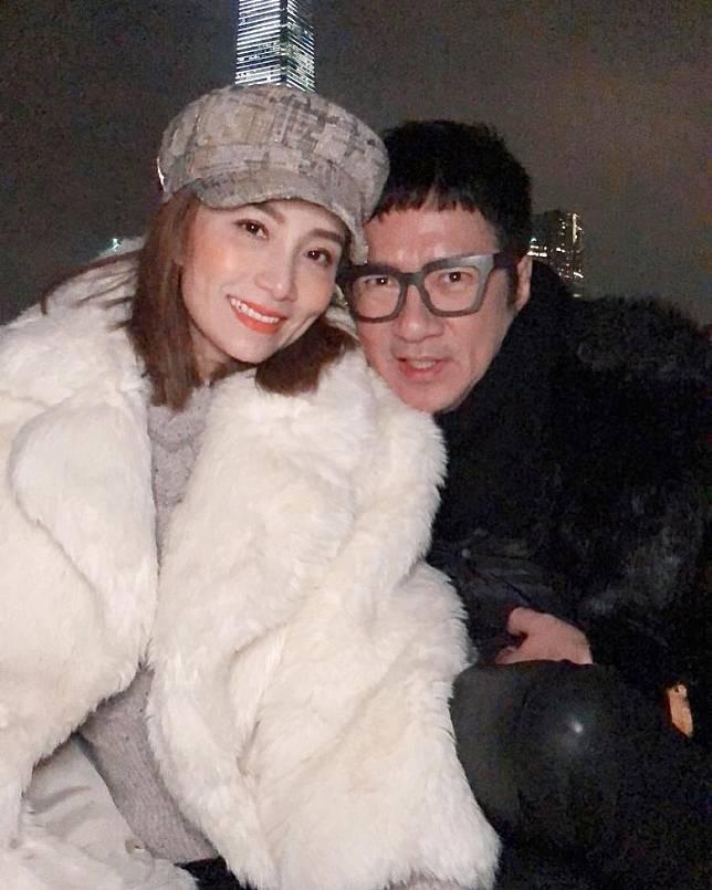 豹哥與太太胡蓓蔚日前結婚12周年紀念。
