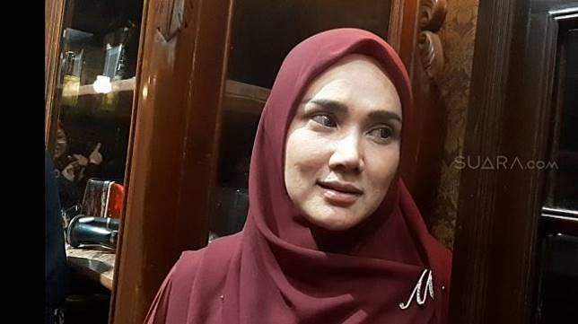 Mulan Jameela saat dijumpai dalam sebuah acara religi (17/1/2020) [Suara.com/Ismail].