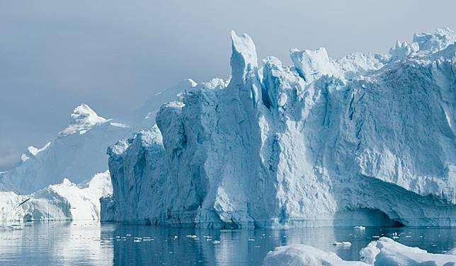 格陵蘭大部分的土地都位於北極圈之內,終年被冰雪覆蓋。(互聯網)