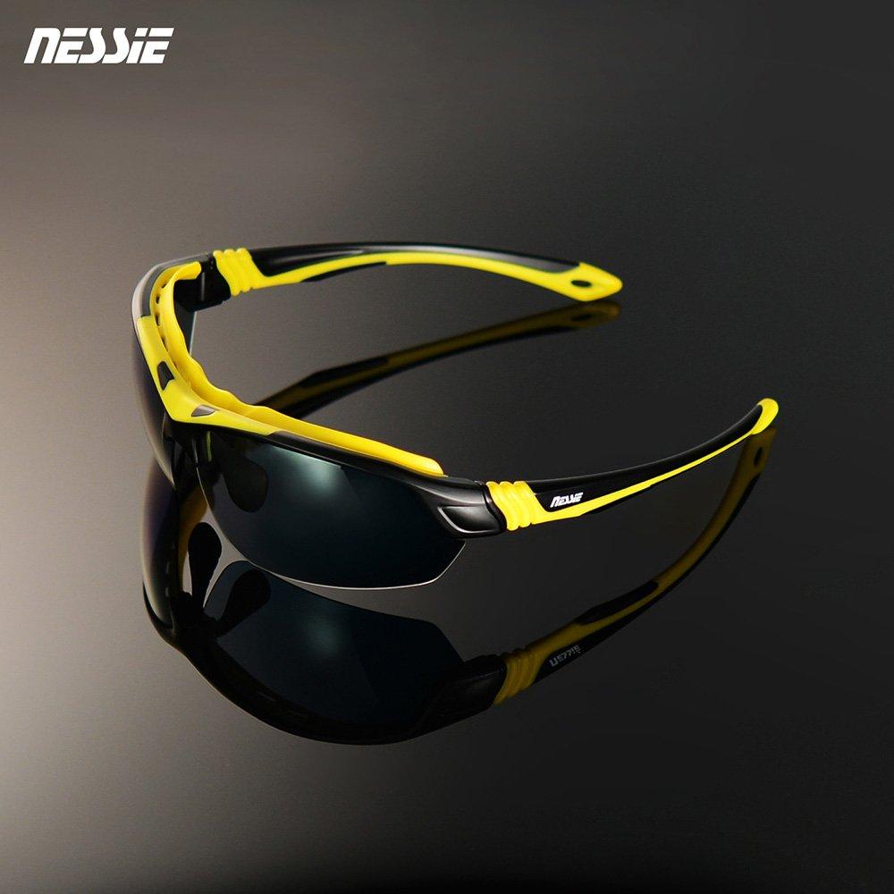 眼睛應做防曬 阻隔強光與紫外線偏光鏡片加強藍光濾除安全耐衝擊 包覆式鏡架設計時尚流線造型 變色片可在夜晚或陰天配戴台灣品牌有保障