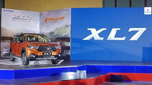 Suzuki XL7 diluncurkan di Krakatau Ballroom kawasan Taman Mini Indonesia Indah.