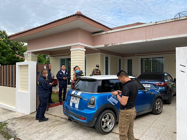 ตำรวจบุกจับ 7 วัยรุ่นเปิดบ้านรับจ้างโปรโมทเว็บพนันออนไลน์