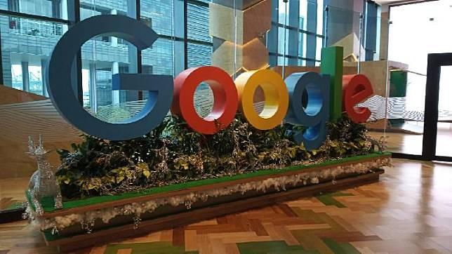 Google Donates 13 Billion For Teacher Training