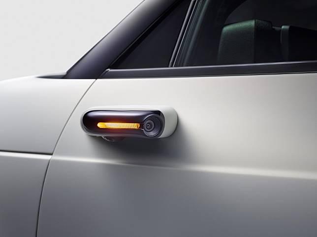 鏡頭側鏡已被納入為Honda e的標準配備。(互聯網)