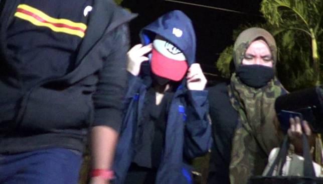 Polisi Sebut Artis FTV HH Diamankan Bersama Pria Tanpa Busana Lengkap