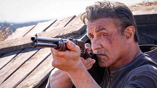 《第一滴血》流足37年!史泰龍繼續化身Rambo以武抗暴.jpg