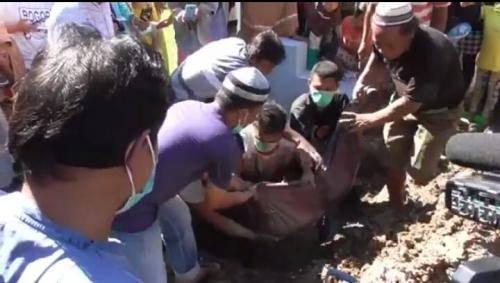 Makam di Gorontalo Dipindahkan Gara-Gara Beda Pilihan Politik (foto: Jufri Tonapa/iNews)