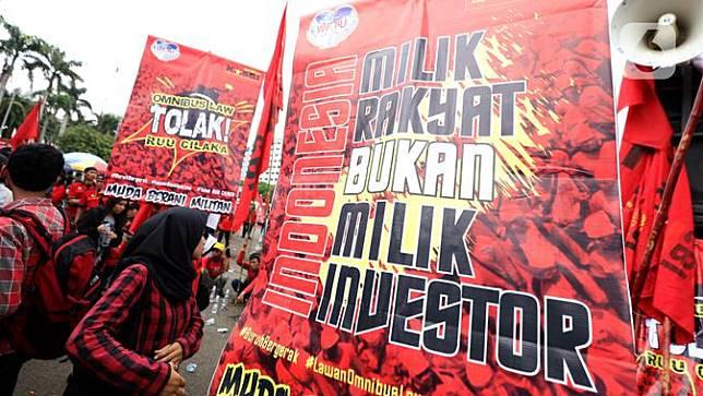 Tolak Omnibus Law, Buruh Datangi Gedung DPR