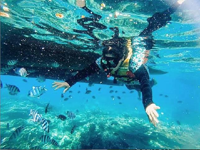 Pulau Leebong memiliki pantai indah dan juga spot snorkeling.