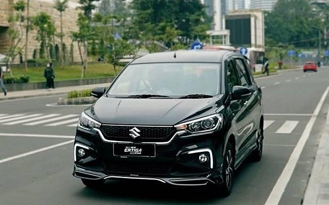 All New Ertiga Suzuki Sport diajak telusuri Tol Tras Sumatera.