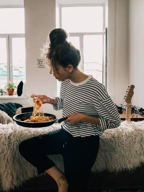 Kebiasaan Makan Seseorang Berdasarkan Zodiak Aries Paling Lama