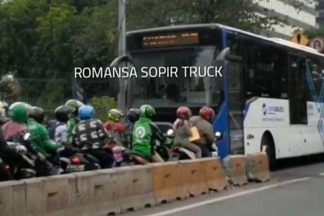 Ini sikap Transjakarta pada gerombongan pemotor penghindar razia