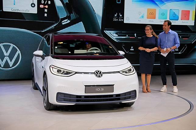 VW ID. 3 saat diperkenalkan di IAA Frankfurt Motor Show 2019