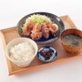 唐揚げ定食 - 実際訪問したユーザーが直接撮影して投稿した西新宿居酒屋わおん。の写真のメニュー情報