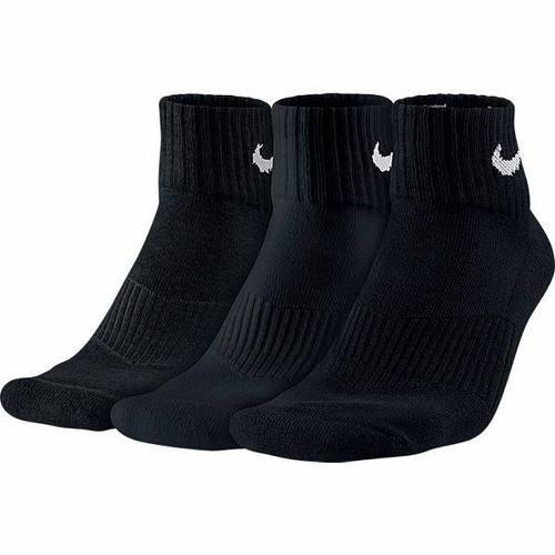 ★ Dri-FIT保持雙腳乾爽舒適★ 設計自然貼合透氣★ 加強腳跟腳趾耐用性