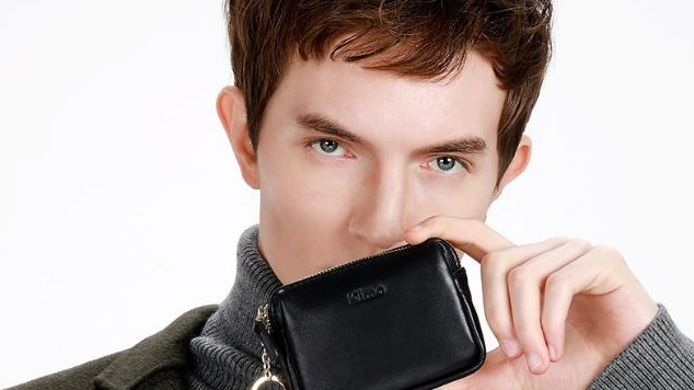 『男生零錢包推薦』新年換新零錢包!男生挑這三個顏色不但守財又