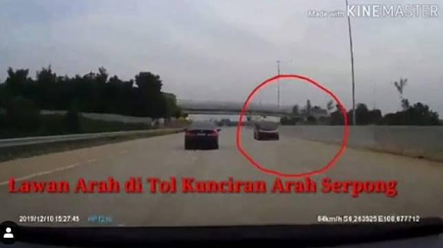 Mobil lawan arah jalan di Tol Kunciran-Serpong (Instagram/dashcam_owners_indonesia)