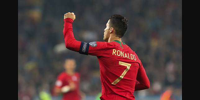 Agen Sesumbar Ronaldo Bisa Lewati Rekor Gol Pele