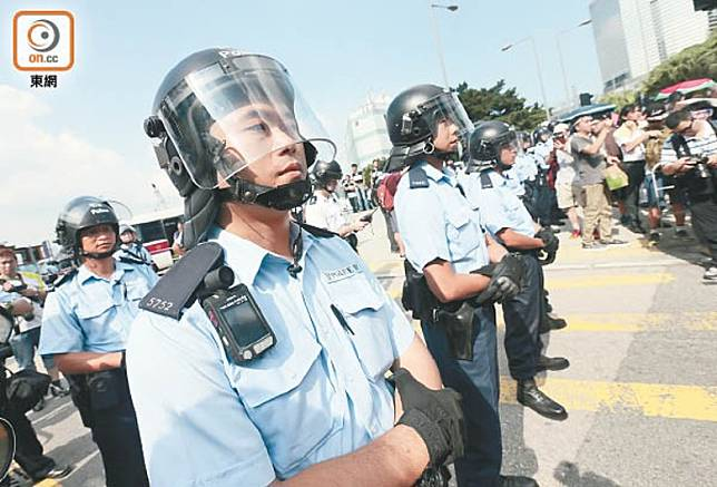 警方去年在300宗案件中使用隨身攝錄機。