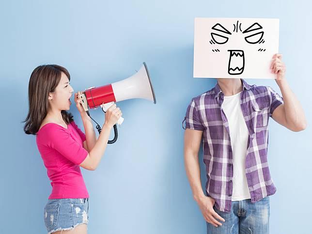 Tunjukan ketegasan saat hadapi pasangan yang kasar