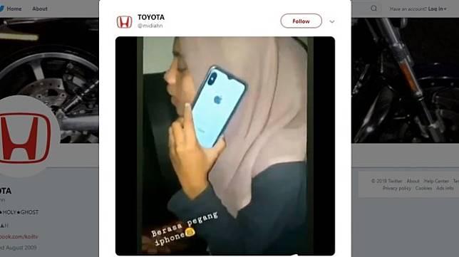 Remaja buat tipuan pakai iPhone. (twitter/midiahn)