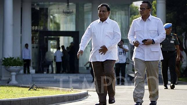 Prabowo Subianto (left) and Edhy Prabowo arrives at the Presidential Palace Complex in Jakarta, Monday, October 21, 2019. TEMPO/Subekti