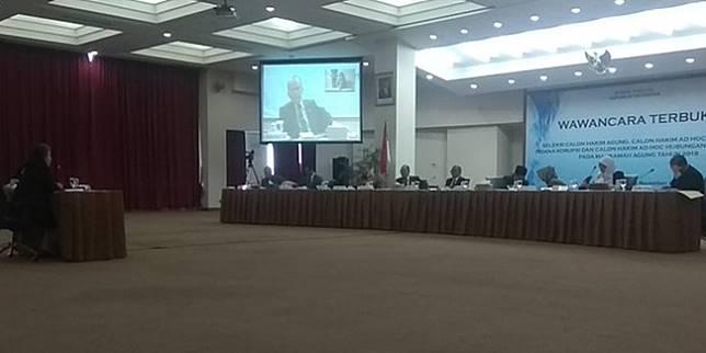 Wawancara terbuka seleksi calon hakim agung di Komisi Yudisial (Merdeka.com/Nur Habibie)