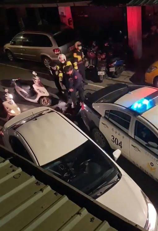 少年遭警狠踹頭 警政署:密錄器沒開