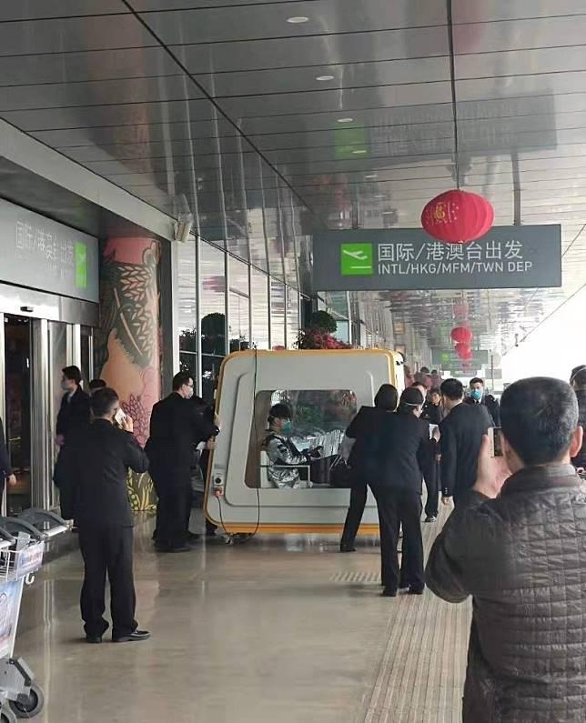 上海機場警方避免假新聞漫延,即時作出澄清,強調事發地點是福州機場。