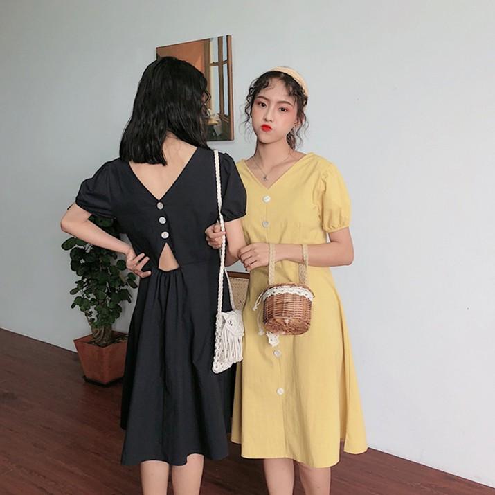 [現貨] 港味V領單排釦甜美燈籠袖收腰顯瘦洋裝 小心機鏤空露背短袖洋裝 學生連身裙閨蜜裝 簡約寬鬆A字裙 洋裝
