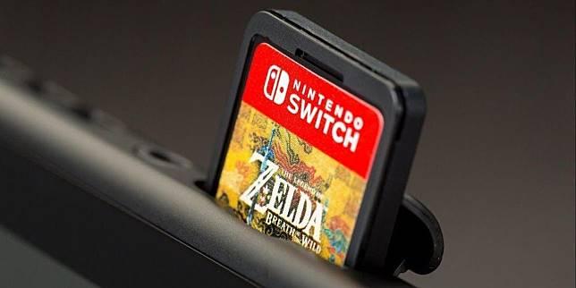 Kaset (catridge) Nintendo Switch.