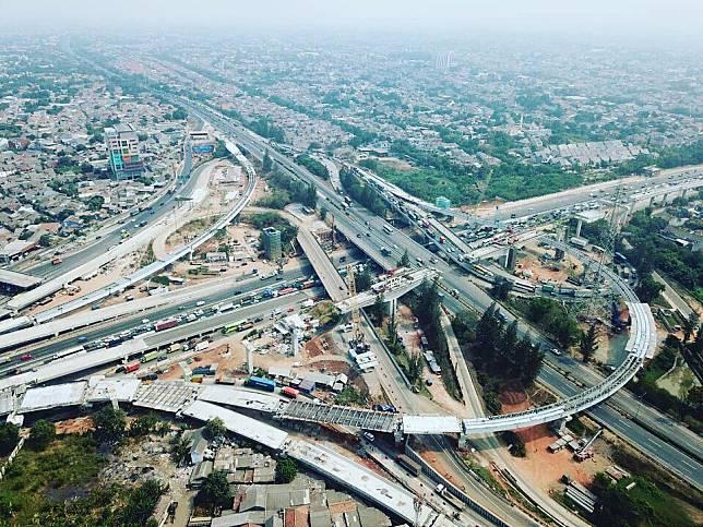 Jalan Tol layang Jakarta-Cikampek II telah mencapai 96,5 persen