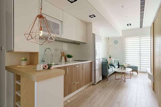10. 木質小廚房