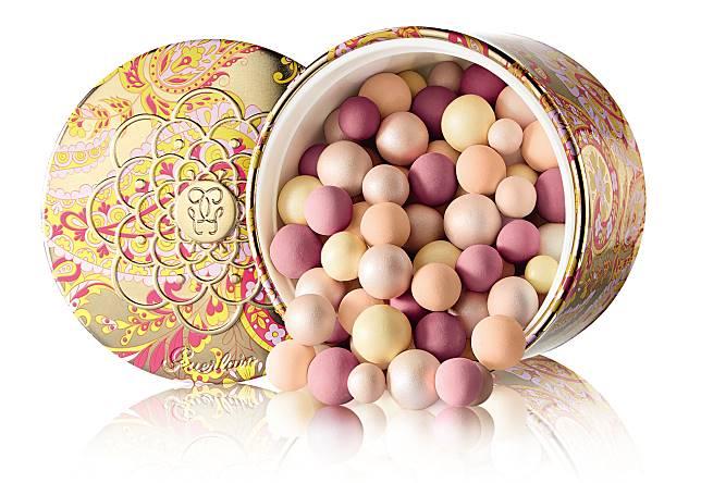 還有限量版幻彩流星絲滑珍珠粉盒($520),備有Fuchsia及Orange兩款閃耀新色調。