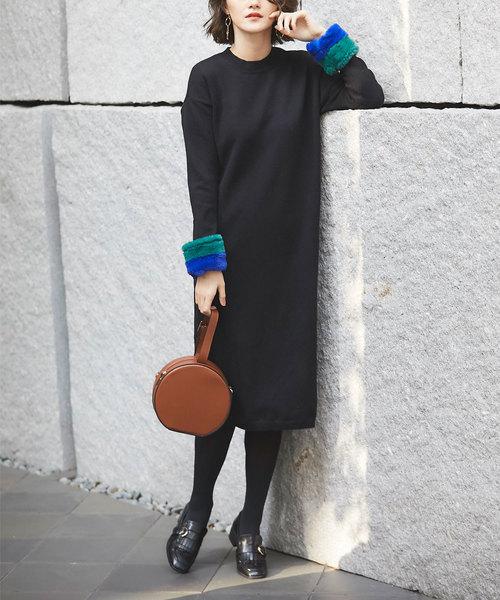 袖口毛皮裝飾黑色連身裙