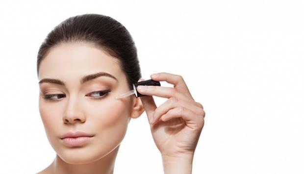 Ilustrasi serum kulit. Shutterstock