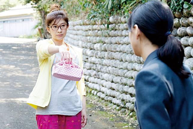 《今天也要用便當出擊》日劇女王篠原涼子飾演超狂媽媽香織,用便當收服叛逆女兒