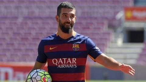 Mimpi Buruk Arda Turan bersama Barcelona Akhirnya Berakhir