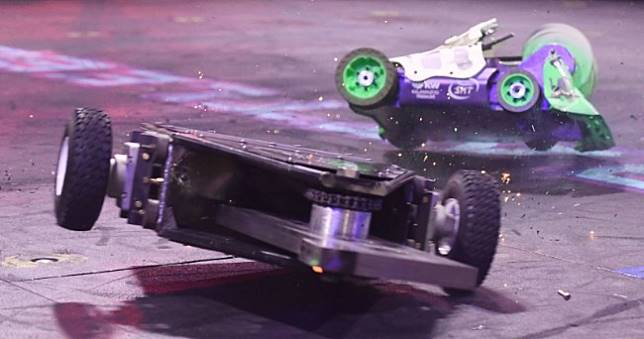 YouTube機器人競技影片遭大量下架,疑被官方AI誤認是動物打鬥