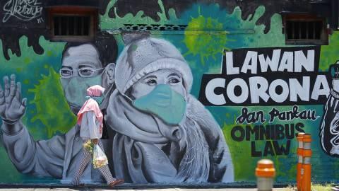 Cara Masuk Rumah Bila Terpaksa Bepergian Di Tengah Wabah Corona