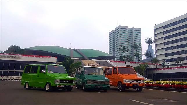 Toyota Kijang Kotak Indonesia (TKKI) menolak INGUB soal pembatasan usia kendaraan 10 tahun di Jakarta