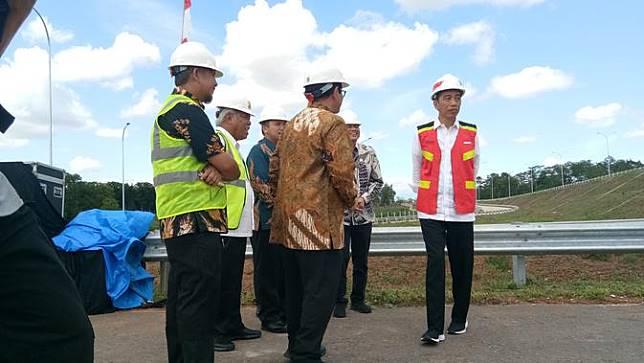 6 Fakta Ruas Tol Terpanjang di Indonesia yang Diresmikan Jokowi