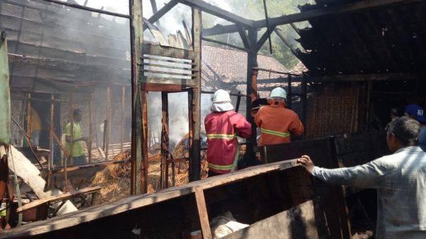 Dua Balita Berhasil Diselamatkan dari Lokasi Kebakaran