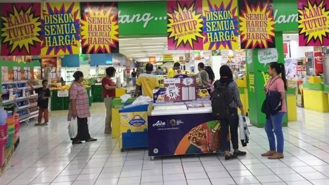 Suasana toko Giant di Mampang, Jakarta Selatan yang akan ditutup. Foto: Elsa Toruan/kumparan