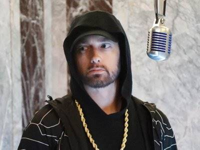 Eminem Kembali Cela Mariah Carey Dan Nick Cannon