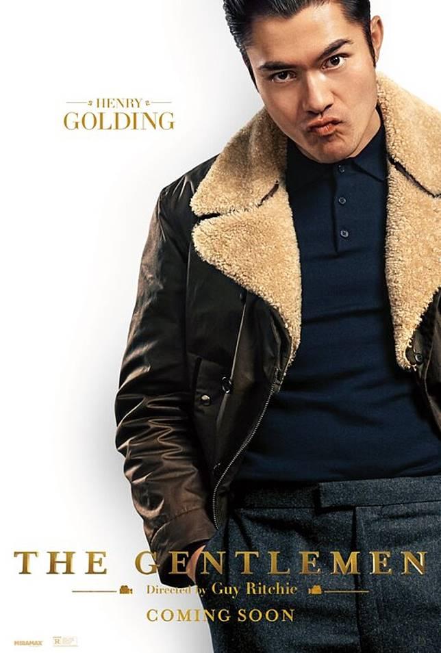 上位亞裔男星Henry Golding新造型。