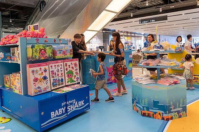 場內當然設有pop-up store,大家可以帶PINKFONG帶同Baby Shark返屋企。