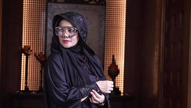Mewah dan Luas, Ini 6 Potret Rumah Sarita Abdul Mukti yang Kini Dijual